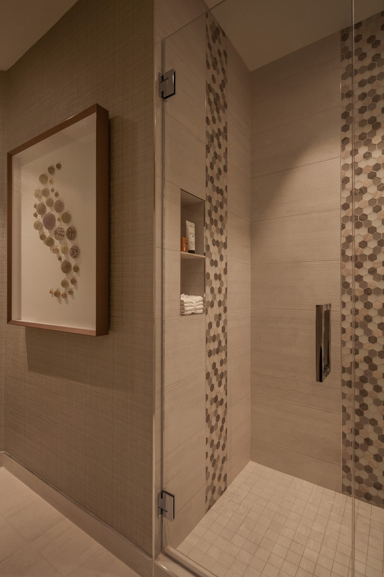 kennedy-shower-alcove